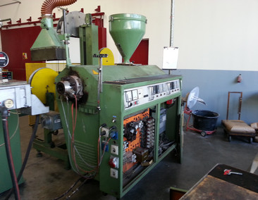 I DE Single screw extruder ME 45-25D