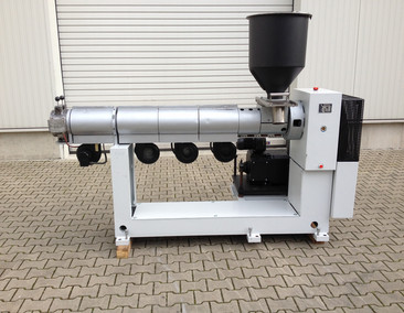REIFENHÄUSER Single screw extruder RH 551-1-70-25