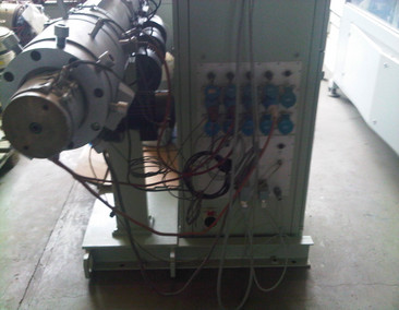 BATTENFELD Single screw extruder 1-60-30B