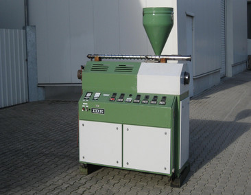 I DE Single screw extruder ME 60-20D